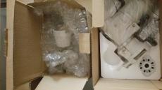 Bei manchen Montierungen muss die Originalverpackung umgepackt werden