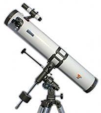 Telescope Starscope 114/900 Newton on EQ2 mount with accessories