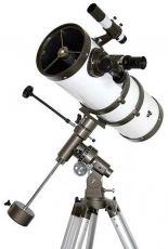 Teleskop  Megastar 150/1400 Newton auf EQ3-1 mit Zubehör