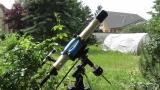 Alter Refraktor auf EQ-2 Montierung mit Rohrschellen